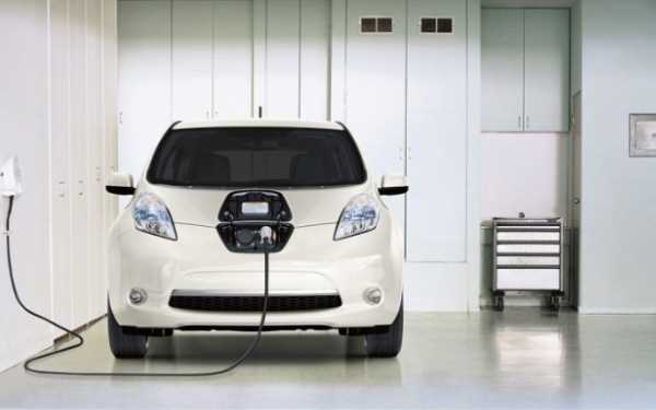 Nissan Plug-in Hybrid Electric Car